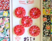 VINTAGE 1950s Buttons Stawberry Red by Ultra Kraft on original Card x 10
