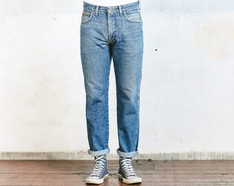 "Vintage Wrangler Jeans . Men's Unisex Straight Leg Size 33"" Jeans Tappered Distressed Narrow W33 Medium Wash Stonewashed Denim Dad Jeans"