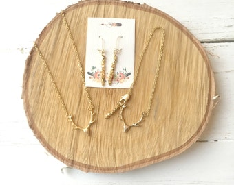 Deer Jewelry Gift Set - Gold Matte and 24K Gold - Deer Necklace - Woodland Jewelry Gift Set