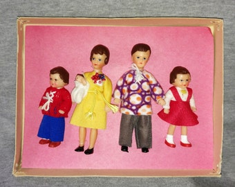 REDUCED Konigseer Puppen, ARI  Family of Five, MIB, Original Box and Clothes, 1:12 Scale, Rubber