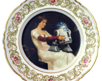 """R2-D2 Renaissance Portrait Plate  9.75"""""""