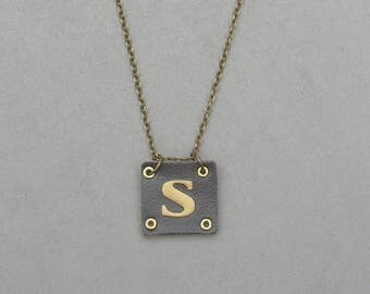 Square Leather S Necklace