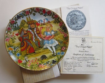 vintage ALICE IN WONDERLAND collector plate - Viletta 'The Croquet Match' - circa 1980, plate number 1248A