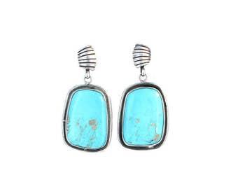 Beautiful Sky BLUE KINGMAN TURQUOISE Earrings Posts NewWorldGems