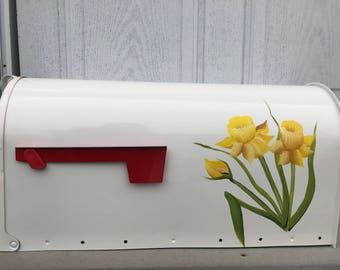 DAFFODILS mailbox handpainted Post mount mailbox, personalization available, large or standard rural mailbox. mothers day gift