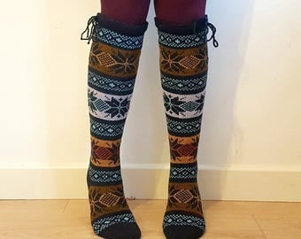 Knee length wool socks stockings colourful traditional nordic star snowflake pattern winter autumn