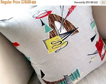 """FAB SALE Indian Teepee Barkcloth Pillow Cover - 1950s Saturday Morning TV Westerns -  17"""" x 17"""""""