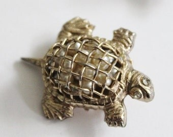 50% half off sale // Vintage 40s Coro Gold Tone Turtle Pin Brooch - Caged Faux Pearls, Small