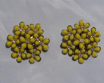 Vintage Large Yellow Flower Clip Earrings