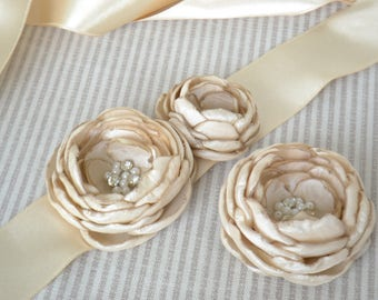 Bridal Sash-Hair Clip Set In Champagne with  Crystals And Pearls, Flower Sash, Wedding Belt