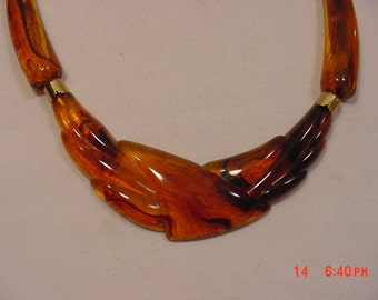 Vintage Amber Plastic Lucite Necklace  16 - 820