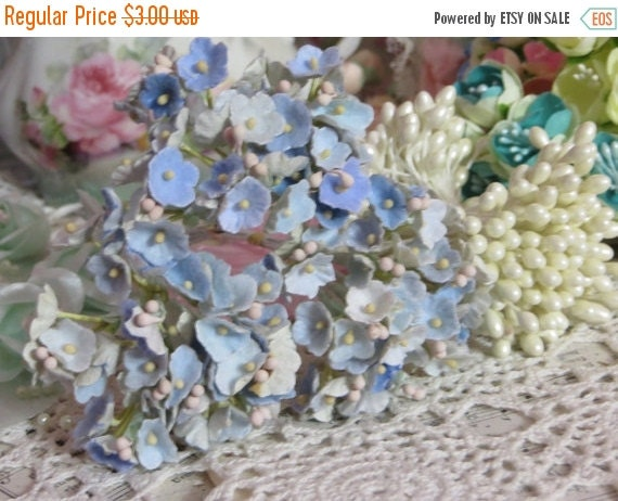 ON SALE Vintage Velvet Flocked Millinery Flowers-Bunch-Mixed Media-Altered Art-Corsage-Supplies-Periwinkle Blue