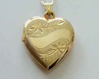 Gold Filled HF Barrows Co. Heart Shaped Locket Pendant Necklace With Leaf Design and Banner Across Front for Engraving - Vintage 1940s-50s