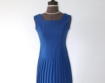 SALE Vintage 1960s Blue Wool Jumper Dress / 60s 70s Sleeveless Pleated Skirt Drop Waist Dress . Size Extra Small