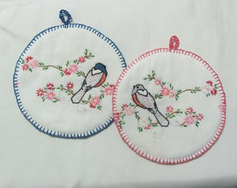 Two Vintage Hand Embroidered Birds Floral Hot Pads Pot Holders Pair