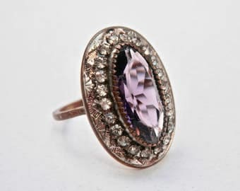 Edwardian Victorian Ring Faceted Purple Amethyst Glass Oval Rhinestones Goldtone Size 7 Ring Embellished Band February Birthstone Antique