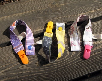 baby shower gift, pacifier clips trio, pacifier holder, unisex baby gifts, patchwork gift, baby clip, baby pacifier clip, dummy clip, gift