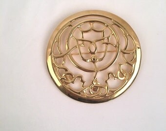 Gold Mary McFadden Abstract Thistle Brooch Signed Large Openwork Celtic Scottish Medallion Designer Pin 80s Costume Statement Jewelry