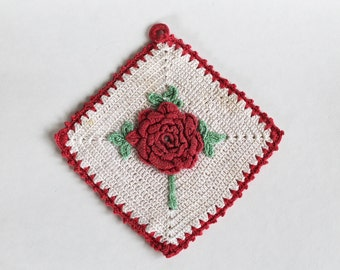 Vintage 1940's/1950s Crocheted Red and White Rose Pot Holder
