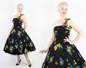 GORGEOUS 1950s New Look Custom-Made Inky Black Silk Party Dress w/ Painted Vibrant Red Rose Print & One Shoulder Detail - Mint Cond - Size M