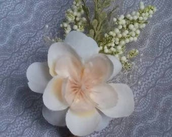 flower boutonnieres , ivory boutonniere, cream boutonniere, wedding boutonniere, ring bearer boutonniere, ready to ship