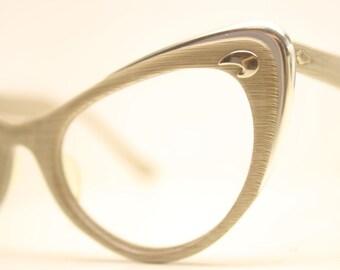 Woodgrain cat eye glasses retro vintage