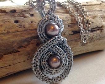 Dusty Pink pearl Wire Weaved Pendant,Pendant, Wire Weaved pendant,Wire Weaved jewelry, For Her
