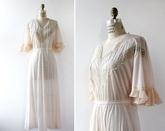 Pale Pink Nightgown • Vintage Nightgown • Lace Nightgown • Bell Sleeve Dress • Long Nightie • Pleated Maxi Dress • Long Nightie | D948