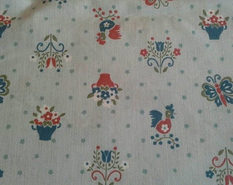 Flower Print on Dotted Blue Background Cotton Polyester Blend 1 3/4 Yards X0721