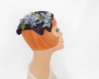 Woman's 1950s hat, vintage blue velvet, blue flowers