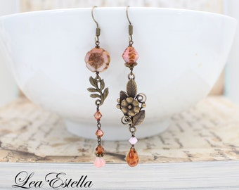 Pink Floral Mismatched earrings Pink Rustic earrings Boho Flower earrings pink Asymmetrical earrings Woodland Shabby chic - Pink Periwinkle