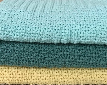 Knitted Baby Afghan/Throw, Soft Mint, Mint Green, Light Yellow