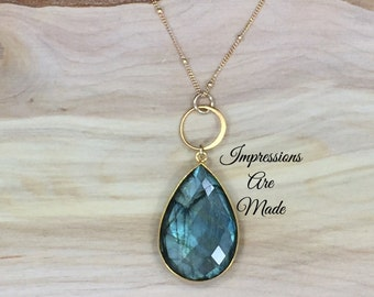 Labradorite Necklace, Blue Necklace, Green Necklace, Natural Stone Necklace, Gold Necklace