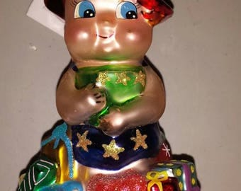 Christmas Package toting Christopher Radko Pig Ornament Gift of Health Pediatric Cancer Charities Ornament
