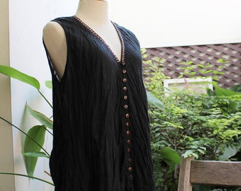 Comfy Roomy V Sleeveless Top - Black