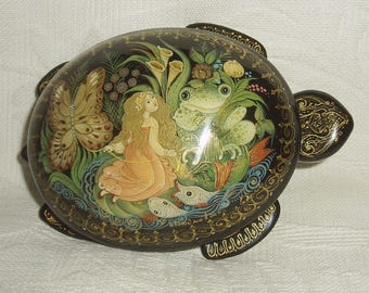 """Russian Lacquer box turtle shaped Palekh """" Thumbelina """" miniature Hand Painted"""