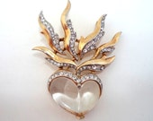 Trifari Flaming Heart Lucite Jelly Belly Brooch Alfred Phillipe Designer PAT. PEND.