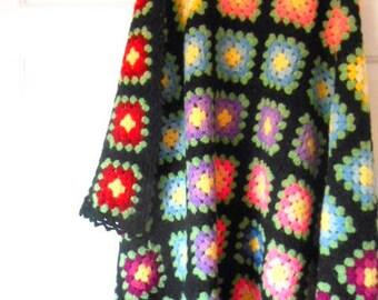 Vintage handmade Crocheted granny square  Blanket
