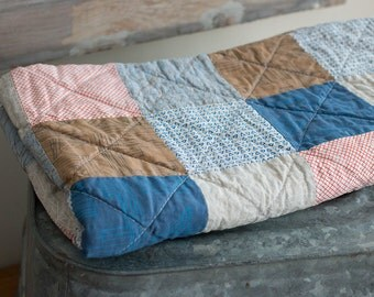 SALE!! Modern baby quilt - neutral - one of a kind