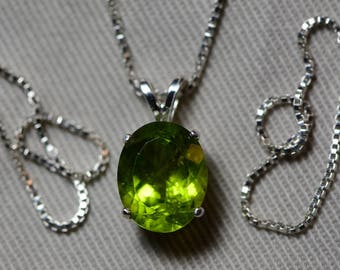 "Peridot Necklace, Peridot Pendant 4.16 Carats Appraised At 400.00 On 18"" Sterling Silver Necklace, Genuine Peridot Jewelry August Birthstone"
