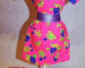 Genuine Barbie Dress BarbieVintage Barbie / Sindy / Fashion Doll Pink Patterned Short Sleeve Dress
