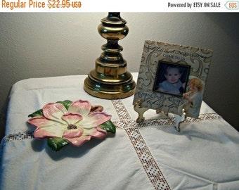 Vintage Cotton Lace Table Cloth Square Linen Vintage Collectible Scarf