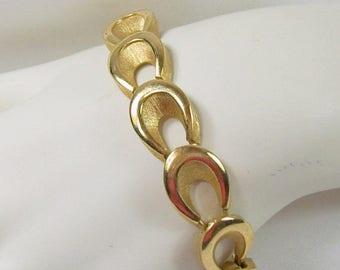 ON SALE Vintage Crown Trifari Bracelet Bright Brushed Goldtone Teardrop Link