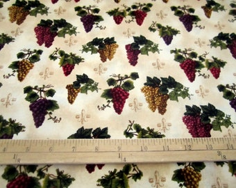 WineGrapes Toss Natural from the Vineyard Collection premium cotton fabric by Robert Kaufman - wine tasting, grapes BTY