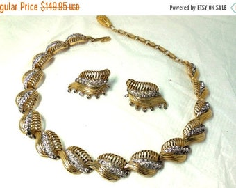 CLEARANCE SALE  Gold and Rhinestone Set Choker & Earrings Vintage 50s JOMAZ Designer