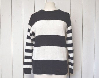 Flash Sale 25% Off Black White Striped Sweater Early 90s Cotton Knit Vintage Pullover Small Medium