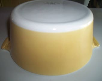 Yellow AKA Harvest Gold , Corning Ware, Buffet Server, 1 3/4 Quart