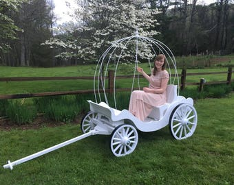 Full Size  Carriage with Cinderella Pumpkin Top and Throne