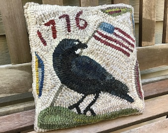 Folk Art Primitive Wool Hooked Rug Old Crow Pillow 1776