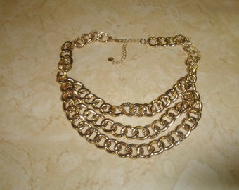 vintage necklace goldtone chain triple strand